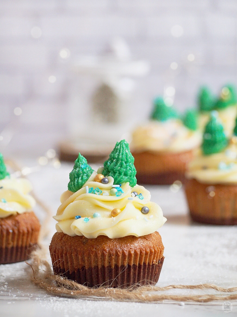 Cupcakes Saludables con buttercream de chocolate & jengibre de Navidad - Healthy Christmas Cupcakes with buttercream to chocolate & gingerbread
